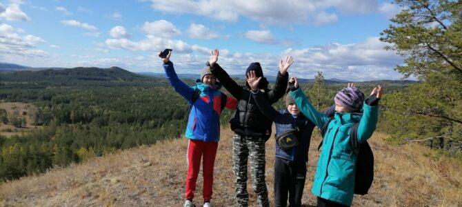 «Юные Туристы» покорили гору Акбура (рук. Усманова Н.Н.)